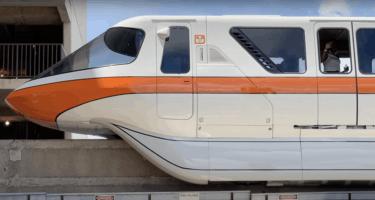 orange monorail line wdw is stuck