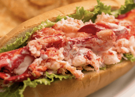 colombia port house lobster roll