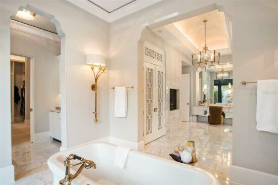 golden oak home master bath 2