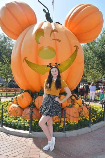 mickey pumpkin photopass at disneyland