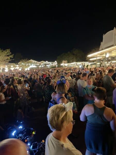 Disney world 50th anniversary crowds magic kingdom