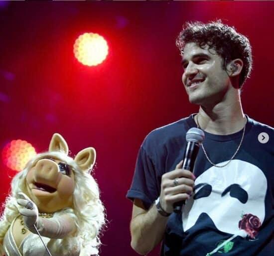 Darren Criss, Miss Piggy