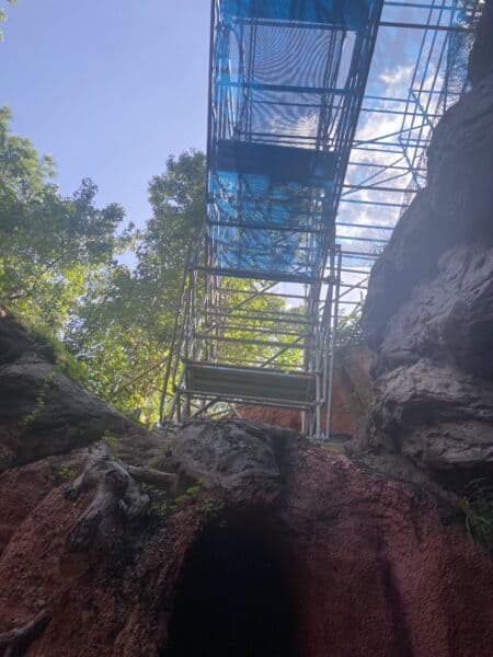 splash mountain construction