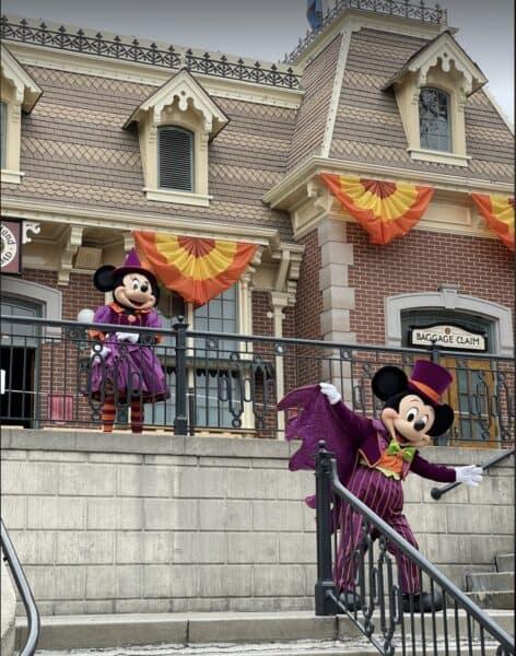 Halloween Mickey and Minnie DL