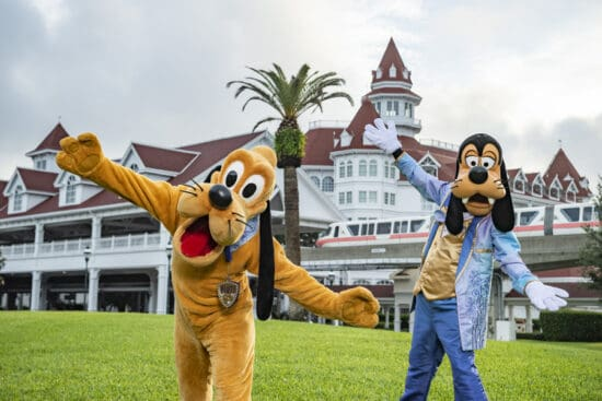Pluto and Goofy 50th Grand Floridian