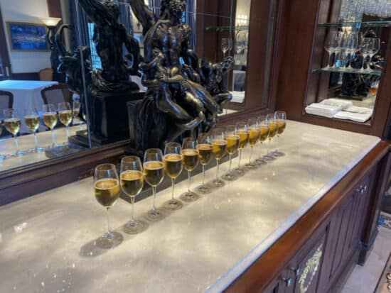club 33 champagne for fallen soldiers