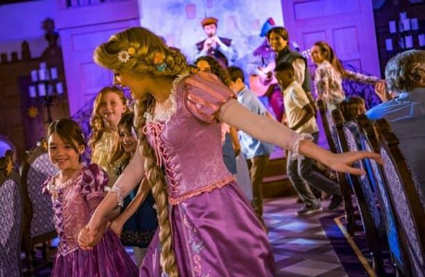 rapunzel's royal table dining disney cruise line